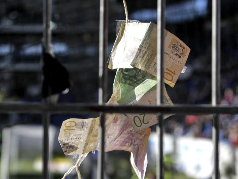 Transferbilanz der letzten 10 Jahre: Klubs mit dem größten Plus und Minus
