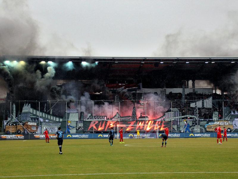 Zugelassene Zuschauer und Gästefans am 1. Spieltag