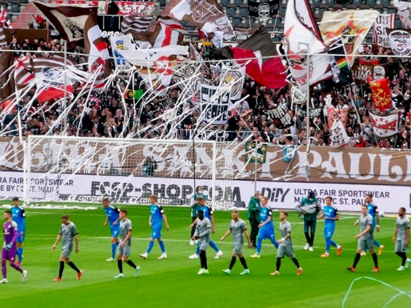 2. Bundesliga: Zuschauerzahlen und Auswärtsfahrer des 7. Spieltags