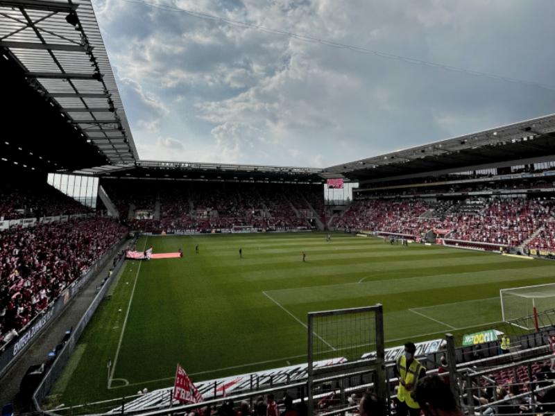 1. Bundesliga: Zuschauerzahlen und Auswärtsfahrer des 5. Spieltags
